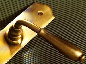 межкомнатные двери – фурнитура и аксессуары
